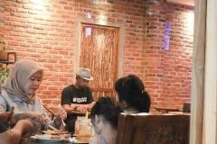 ruang-bertemu-di-restoran-steak